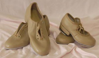 Camel tap shoes - boys and girls