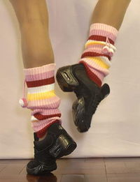 Dansneaker and stripe leg warmers